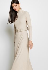 Club Monaco - MELISSAH DRESS - Jumper dress - oat melange - 4