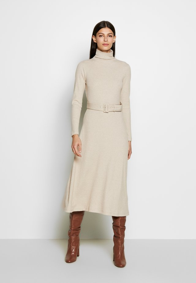 MELISSAH DRESS - Gebreide jurk - oat melange