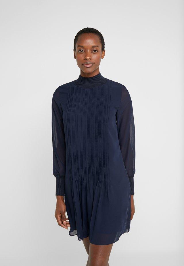 PINTUCK DRESS - Vestido informal - eclipse
