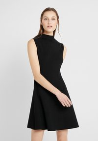 Club Monaco - KAYTEE DRESS - Vestito estivo - black - 0