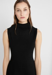 Club Monaco - KAYTEE DRESS - Vestito estivo - black - 6