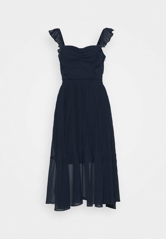 PLEATED FLOUNCE DRESS - Sukienka koktajlowa - blueberry