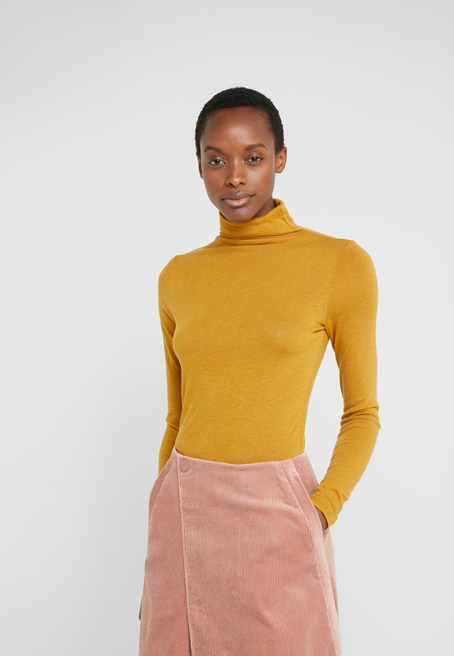 JULIE TURTLENECK - Sweter - marigold