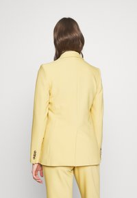 Club Monaco - Blazer - yellow