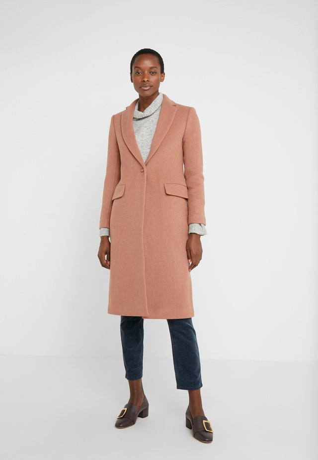 SLIM TAILORED COAT - Mantel - blush