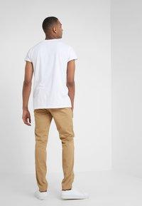 Club Monaco - CONNOR STRETCH - Spodnie materiałowe - dark khaki - 2