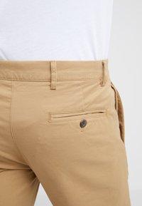 Club Monaco - CONNOR STRETCH - Spodnie materiałowe - dark khaki - 5