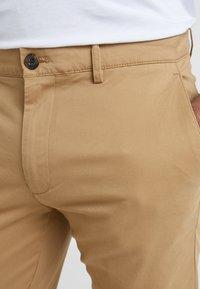 Club Monaco - CONNOR STRETCH - Spodnie materiałowe - dark khaki - 3