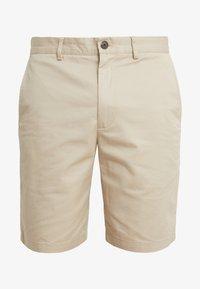 Club Monaco - MADDOX - Shorts - khaki - 3