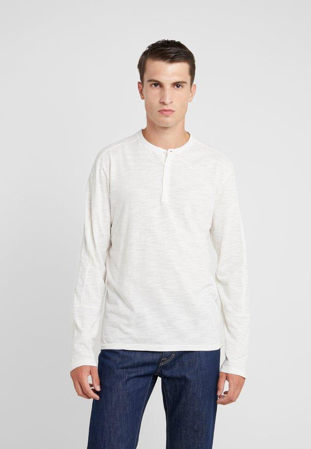 OPTIC SLUB HENLEY - Långärmad tröja - white