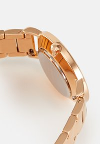 Cluse - MINUIT - Watch - rose gold-coloured/white - 2