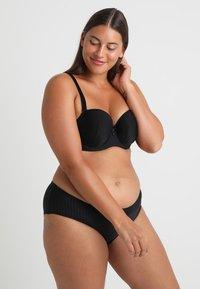 Curvy Kate - LUXE STRAPLESS MULTIWAY BRA - Strapless BH - black - 1