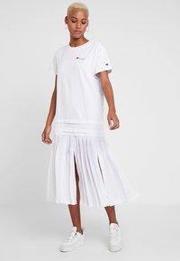 Champion Reverse Weave - DRESS - Jersey dress - white - 2