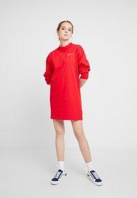 Champion Reverse Weave - SMALL SCRIPT DRESS - Vestito di maglina - byr - 1