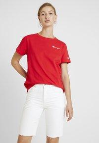 Champion Reverse Weave - SMAL SCRIPT CREWNECK  - T-shirt con stampa - byr - 0