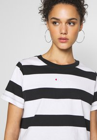 Champion Reverse Weave - STRIPE - T-shirt con stampa - white/black - 4