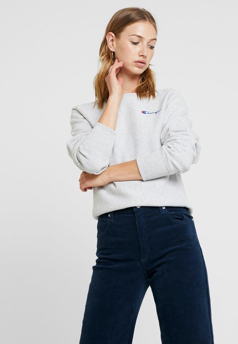 Champion Reverse Weave - SMALL SCRIPT CREWNECK - Sweatshirt - mottled grey