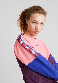Champion Reverse Weave - CREWNECK - Blouse - light pink - 3
