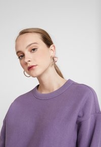 Champion Reverse Weave - SLEEVE LOGO CREW NECK - Sweater - lilac - 3