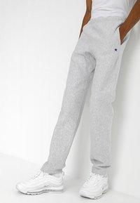 Champion Reverse Weave - PANTS - Spodnie treningowe - grey - 0