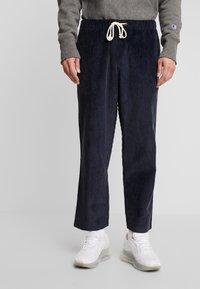 Champion Reverse Weave - STRAIGHT HEM PANTS CORD - Bukse - dark blue - 0