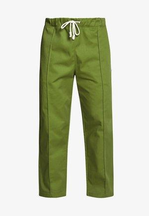 STRAIGHT PANTS - Pantalones - olive