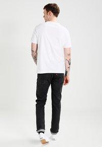 Champion Reverse Weave - SHORT SLEEVE TEE - T-shirt print - white - 2