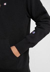 Champion Reverse Weave - HOODED - Huppari - black - 5