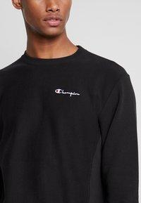 Champion Reverse Weave - SMALL SCRIPT CREWNECK  - Sweatshirt - black - 3