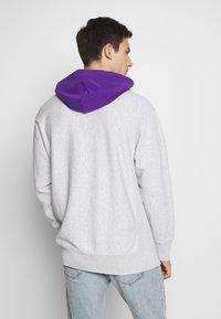 Champion Reverse Weave - HOODED  - Bluza z kapturem - mottled light grey - 2