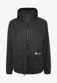 Champion Reverse Weave - JACKET - Regnjakke / vandafvisende jakker - black - 0