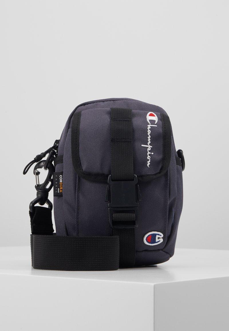 Champion Reverse Weave - SMALL SHOULDER BAG - Across body bag - blue