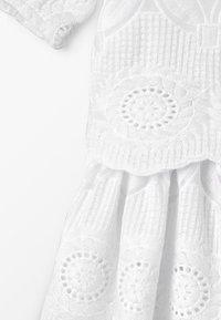 Carrement Beau - ROBE - Koktejlové šaty/ šaty na párty - blanc - 6
