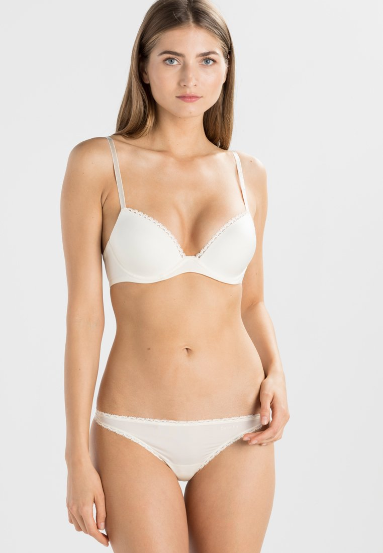 Calvin Klein Underwear - SEDUCTIVE COMFORT CUSTOMIZED LIFT - Sujetador push-up - ivory