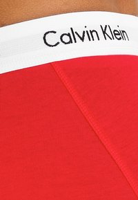 Calvin Klein Underwear - TRUNK 3 PACK - Onderbroeken - white/red/blue