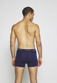 Calvin Klein Underwear - TRUNK 3 PACK - Shorty - minnow/horoscope/inferno - 1