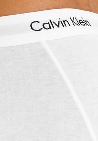 Calvin Klein Underwear - LOW RISE TRUNK 3 PACK - Culotte - white - 2