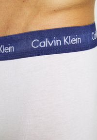 Calvin Klein Underwear - LOW RISE TRUNK 3 PACK - Culotte - white - 6