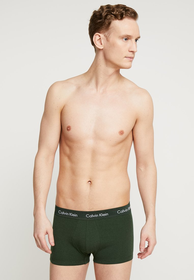 Calvin Klein Underwear - STRETCH LOW RISE TRUNK 3 PACK - Underkläder - khaki/dark blue/red