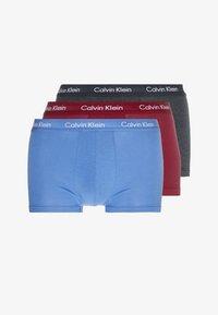 Calvin Klein Underwear - LOW RISE TRUNK 3 PACK - Culotte - dark blue/dark red/mottled dark grey - 3