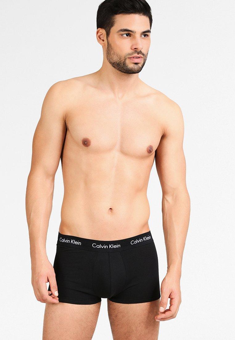 Calvin Klein Underwear - STRETCH LOW RISE TRUNK 3 PACK - Bokserit - black