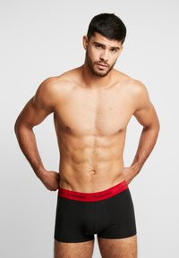 Calvin Klein Underwear - LOW RISE TRUNK 3 PACK - Culotte - black - 1