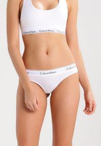 Calvin Klein Underwear - MODERN THONG - String - white - 0