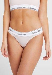 Calvin Klein Underwear - MODERN THONG - String - nude - 0