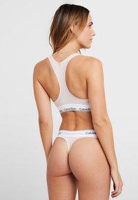 Calvin Klein Underwear - MODERN THONG - String - nude - 2