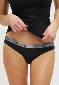 Calvin Klein Underwear - RADIANT COTTON  - Figi - black - 0