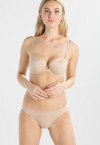 Calvin Klein Underwear - PERFECTLY FIT - Push-up bra - bare - 0