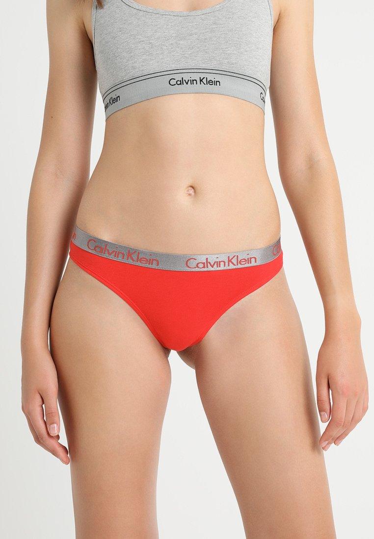 Calvin Klein Underwear - RADIANT THONG - G-strenge - red