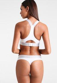 Calvin Klein Underwear - THONG - Thong - white - 2