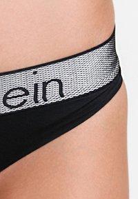 Calvin Klein Underwear - THONG - String - black - 3